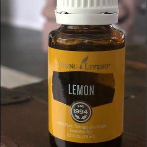 LEMON ESSENTIAL OIL 15 ML BOTTLE